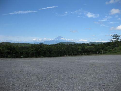 ワイン工場から見えた富士山